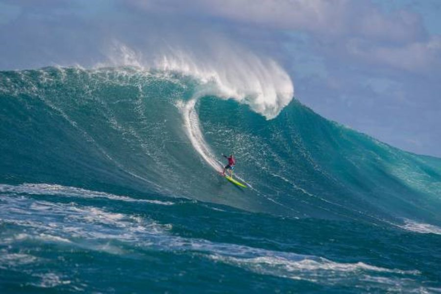"""Grant """"Twiggy"""" Baker and Paige Alms Claim 2016/17 WSL Big Wave Tour Titles"""