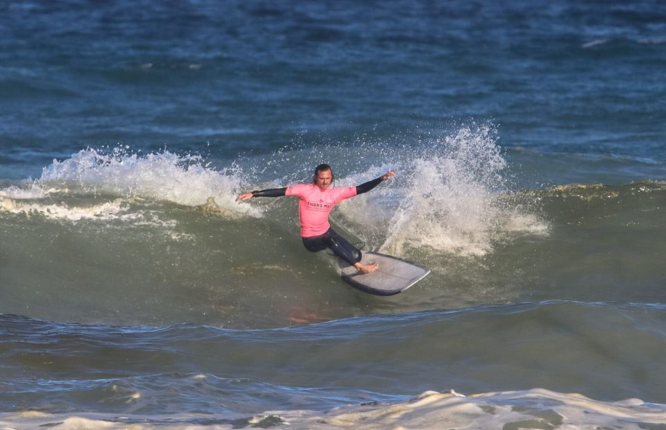 ​​2018 Tigers Milk Winter Classic Men's and Women's Longboard titles won by Steven Sawyer and Crystal Hulett.