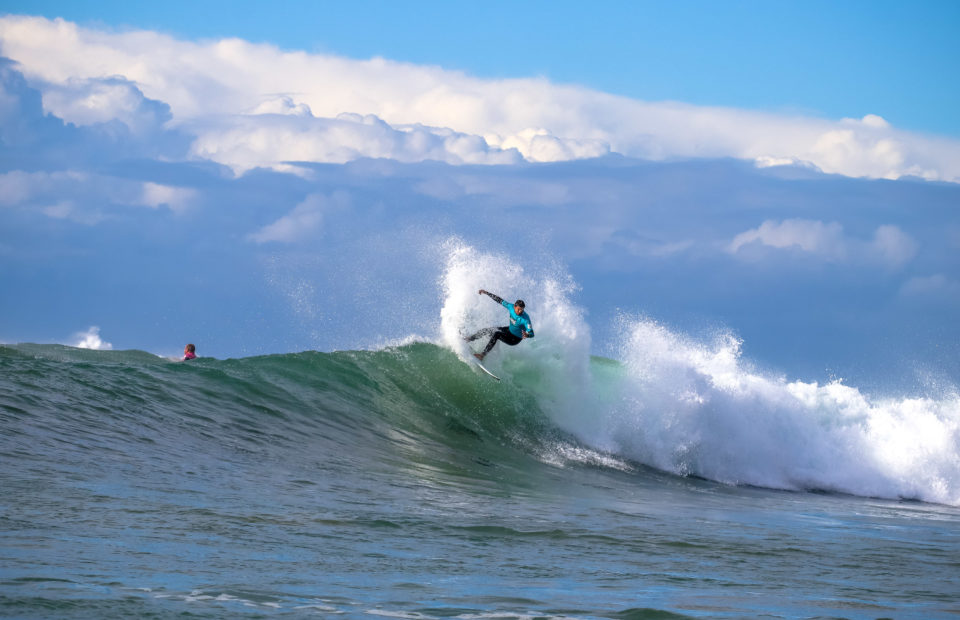 Strong winds and difficult Nahoon Reef conditions force a move to Nahoon Corner on Day Two of SA Surfing Championships